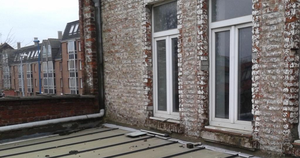Fenêtre à chassis pvc utilisée en rénovation.